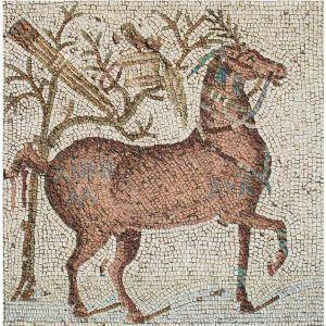 Mosaico caballo con equipamiento de cazador. Medida: 100×100 cm. 6000 teselas de 9mm.