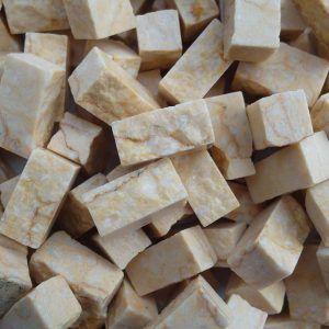 Teselas de piedra de 10x10x20mm. Color Amarillo Atlántida
