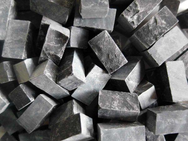 Teselas piedra negro profundo