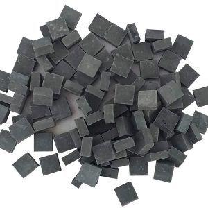 Malla 1kg teselas planas negras de 7,5×7,5x3mm. (unas 4000 teselas)