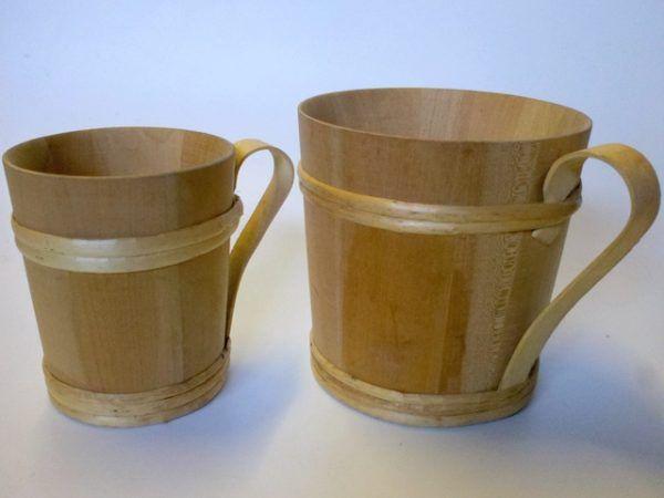 pareja tazas de madera
